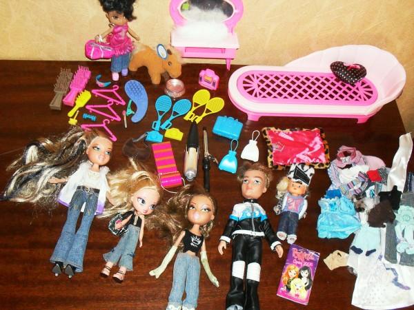 Как сделать для кукол всё разное